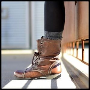 🆕 {Steve Madden} Troopa Leather Combat Boots